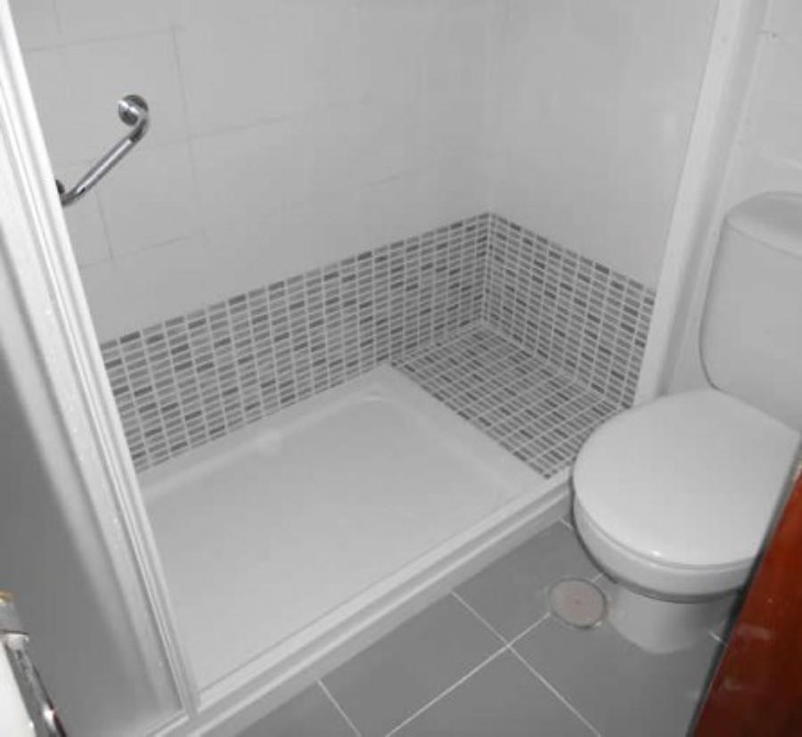 Baera y plato ducha juntos gallery of duchas con banera for Como cambiar plato de ducha